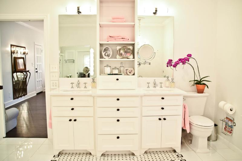 The Master Bath: His and Her sinks
