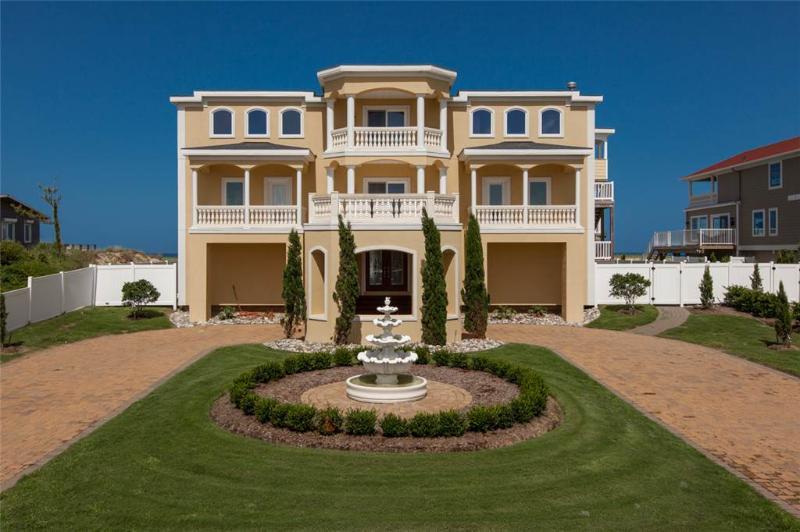 Building,Yard,Garden,Architecture,Mansion