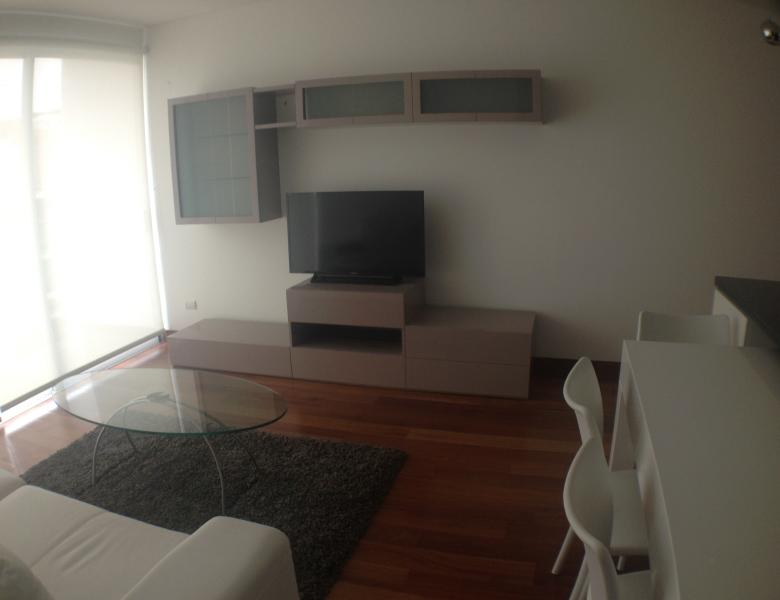 New and Great Location in Miraflores, holiday rental in Lima