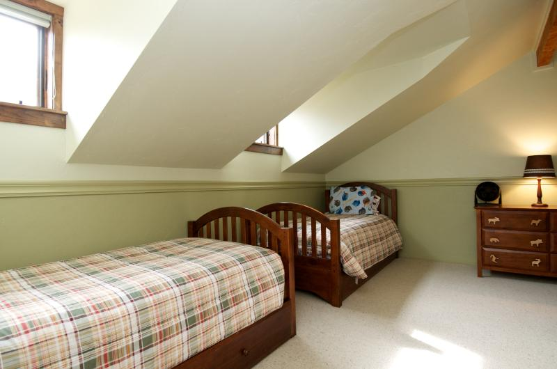 Two Twin Trundle Beds