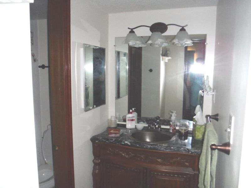 Área de vaidade por banheiro