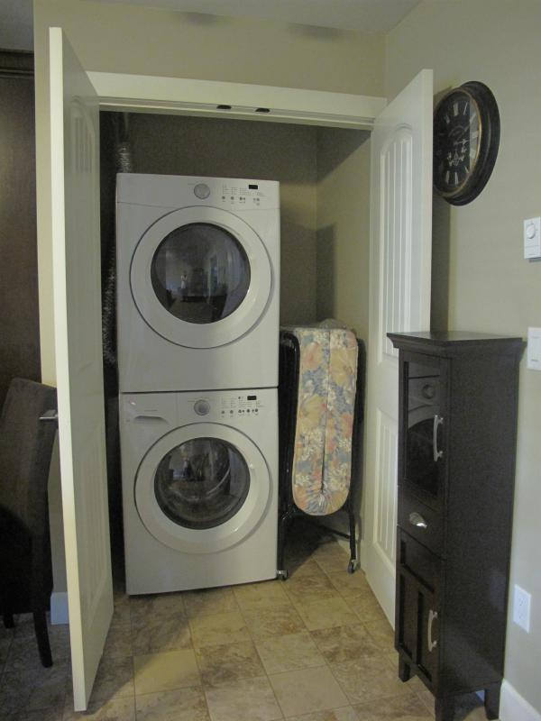 Laundry & Spare Cot for a Fourth