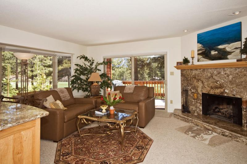Incline Village, Nevada (Tahoe) 3BR/3BA Ski/Golf, vacation rental in Incline Village