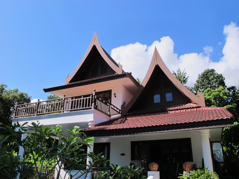 South Wind Villa - 6 bedrooms, private pool and beautiful sea, mountain and jungle views