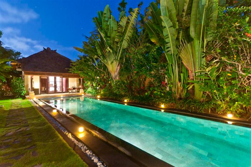 Privately located guesthouse with lap pool attached