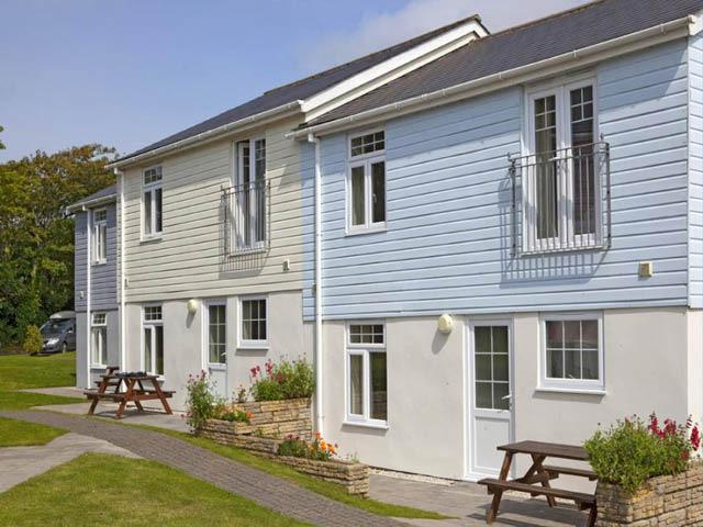 Cottages with 4 bedrooms at The Atlantic Reach Holiday Resort with 3 pools, spa,, holiday rental in Newquay