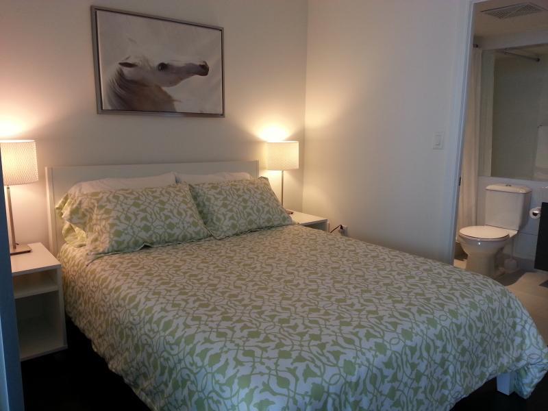 Peaceful and Comfortable bedroom with en-suite bathroom.
