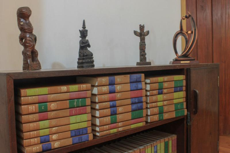 Comprehensive collection of books, by  variety of authors