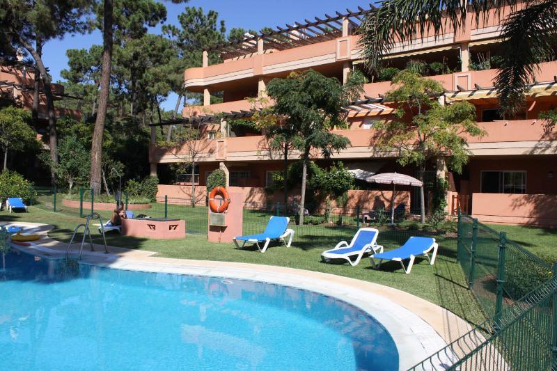 Superb Large 3 bedroom apt in Marbella(Elviria), casa vacanza a Elviria