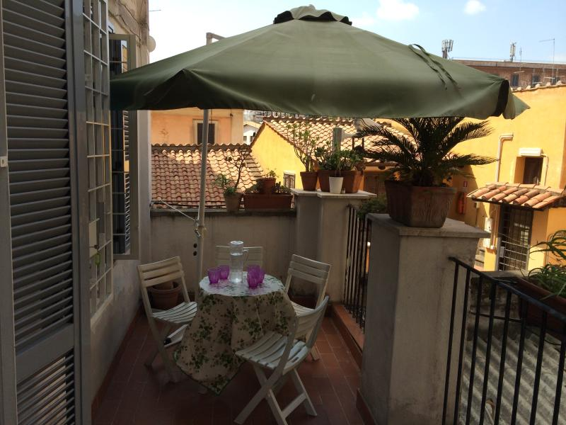 TERRACE WITH SUNSHADE OPEN