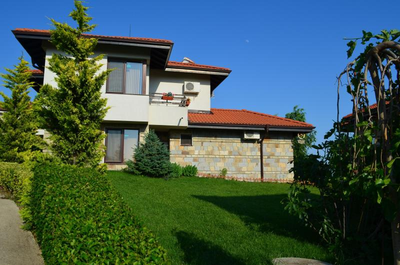 Villa on the Black Sea- exterior