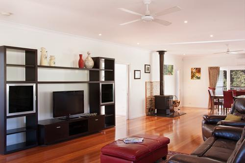 Lithgow Falls Living area