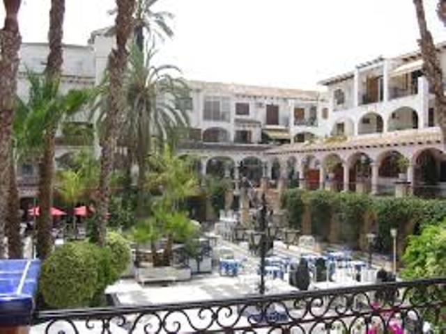Villamartin Plaza