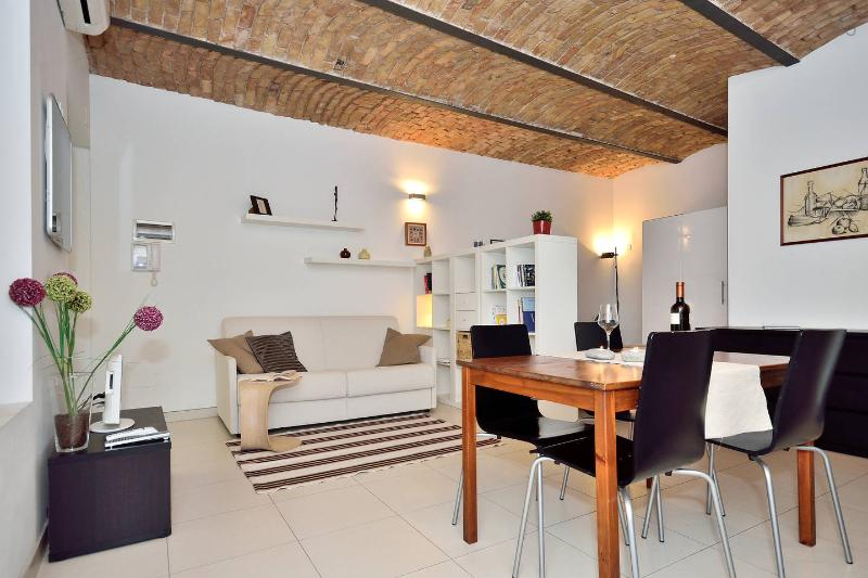 Pogri House Casa Vacanze, holiday rental in Trieste