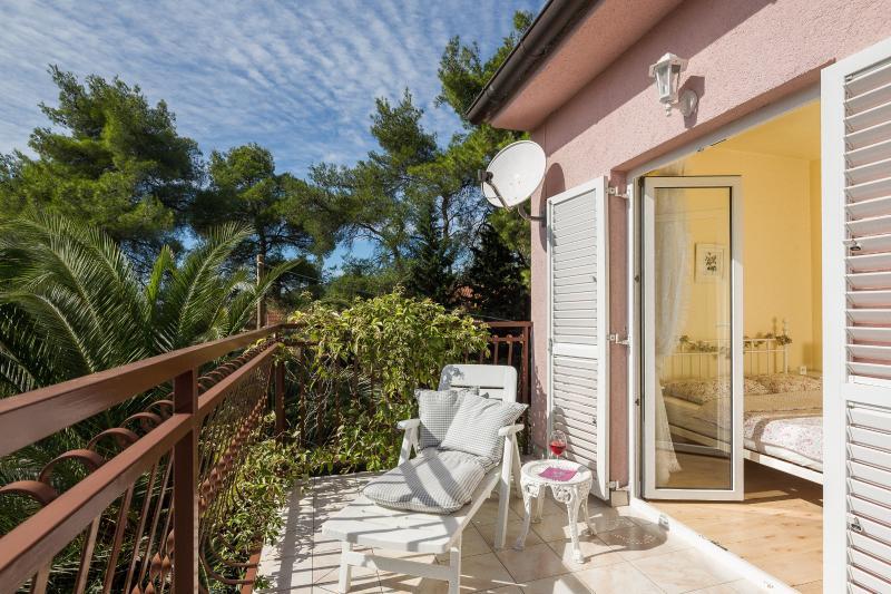 Luxury Apartment  Villa Madalena****, Hvar, alquiler de vacaciones en Vrboska