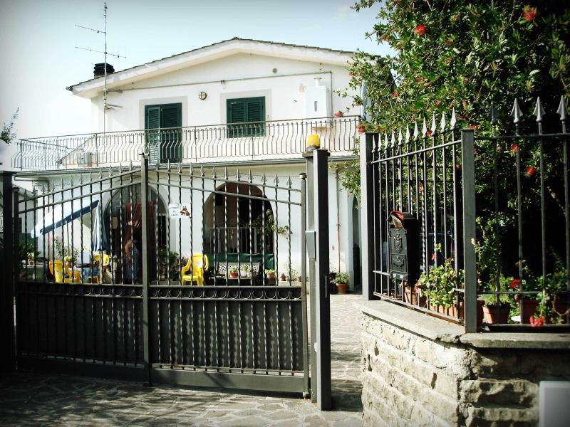 exterior-entrance