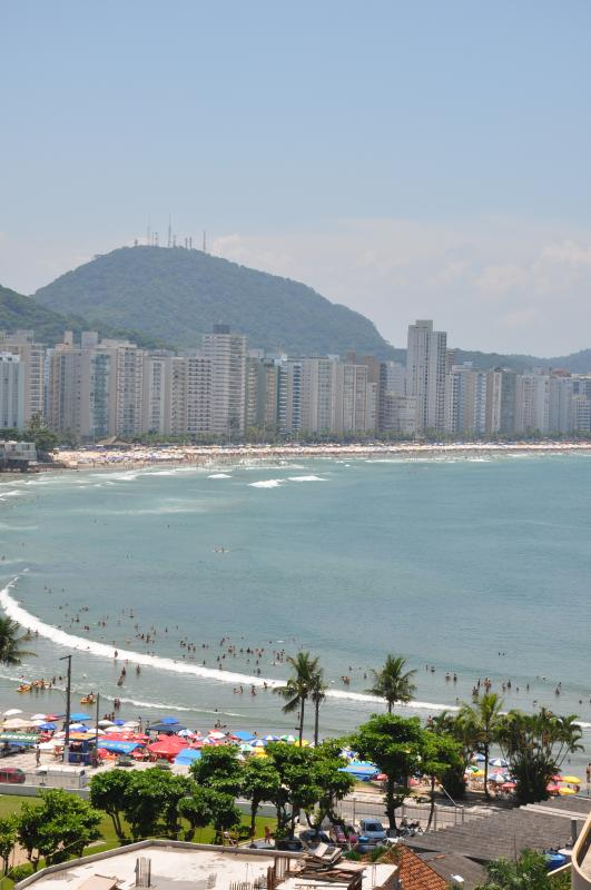 A view of the beach of Asturias, one of the great beaches in Guaruja