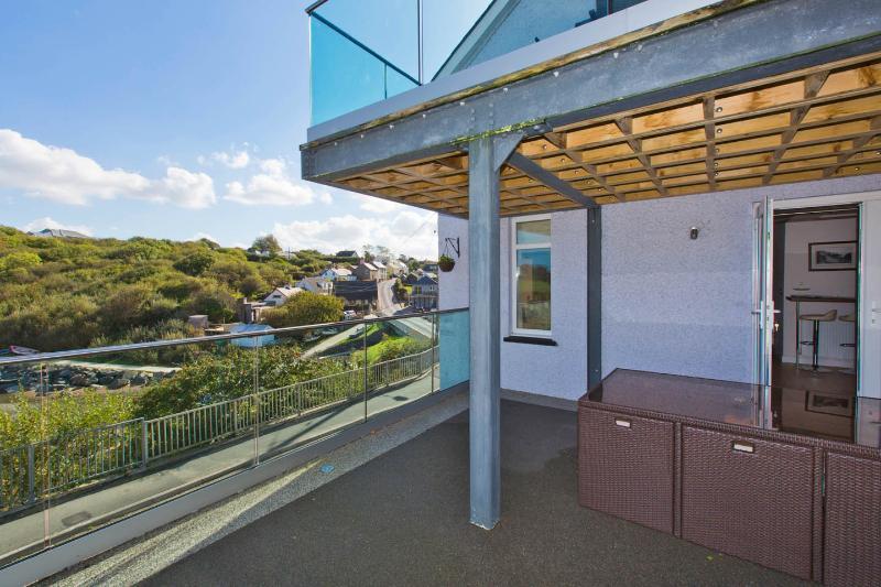Gran terraza para disfrutar de las vistas.