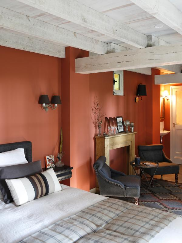 Room John Latham in the hushed atmosphere and cosy
