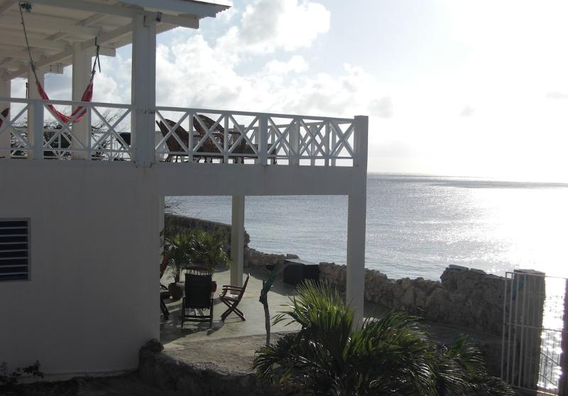 Beautiful apartment at the Caribbean Seaside, casa vacanza a Sabana Westpunt