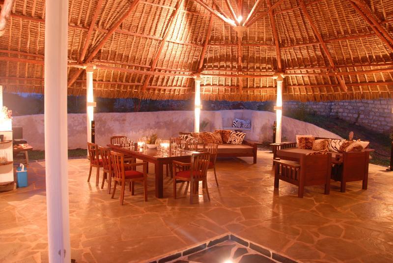LaSpaDiani - VILLA Nohna, holiday rental in Eastern Province