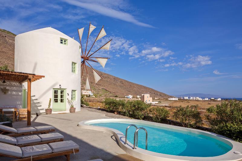 Windmill Villas-Green, holiday rental in Imerovigli