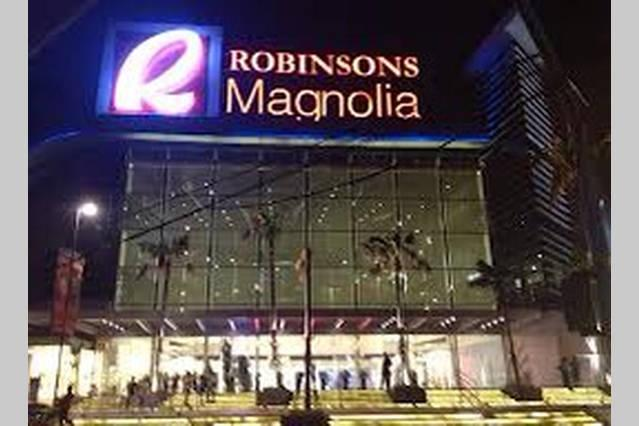 Nearby mall, Robinson Magnolia just 2 blocks away from our place.