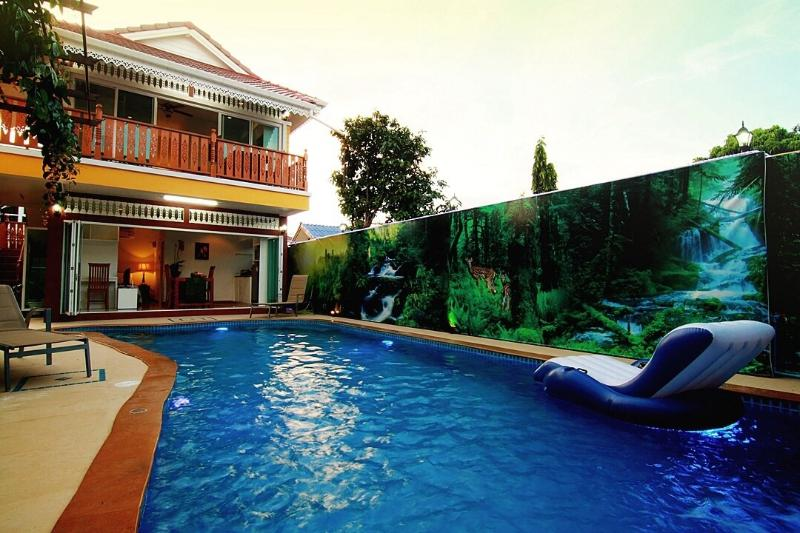 Sojourn Apartments Chiangmai modern studio, holiday rental in Hang Dong
