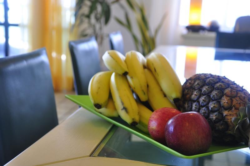 24 horas livre frutas cesta