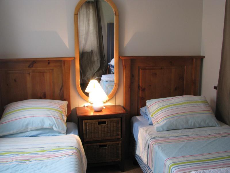 Schlafzimmer 3 (zuletzt hinzugekommenen, DHH)