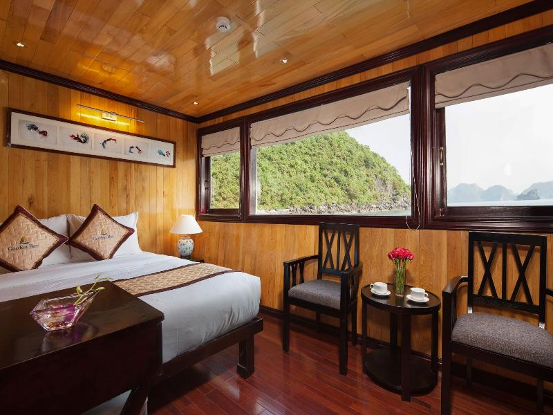 Garden Bay Cruise Halong, vacation rental in Quang Ninh Province