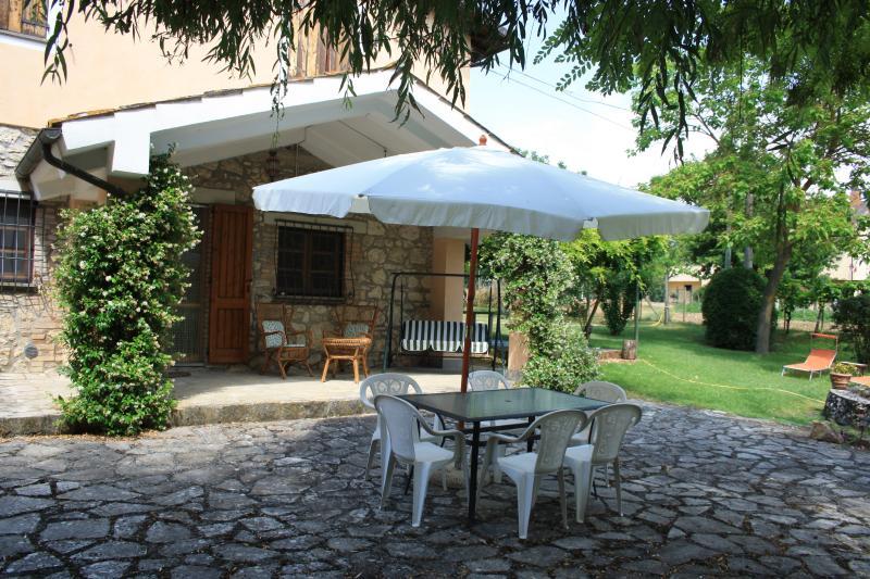antico casale in campagna umbra, location de vacances à Macerino