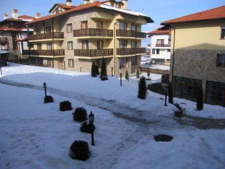 Top Lodge outdoor area in Winter