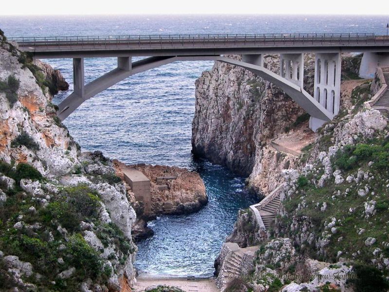Gagliano: Ponte del Ciolo