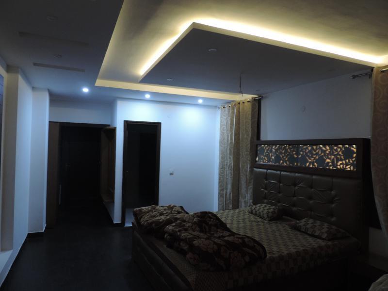 Master Bedroom Himalaya - Spacious, Modern, Stylish and Comfortable