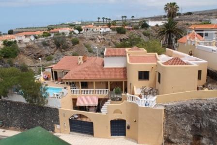 villa high view