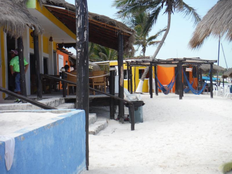 Xpu Ha restaurant Playa - lovely reefs to explore in a white sand beach