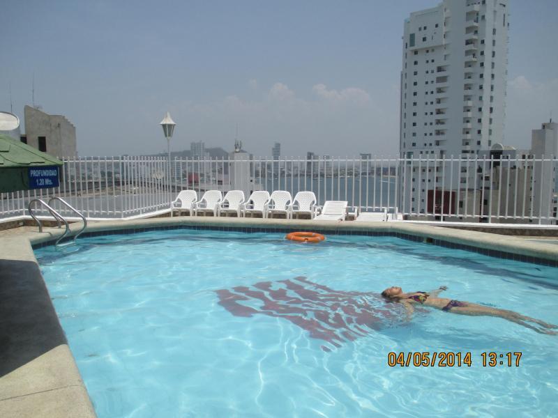 Cartagena Apt. Close to Beach. #702, holiday rental in Bolivar Department