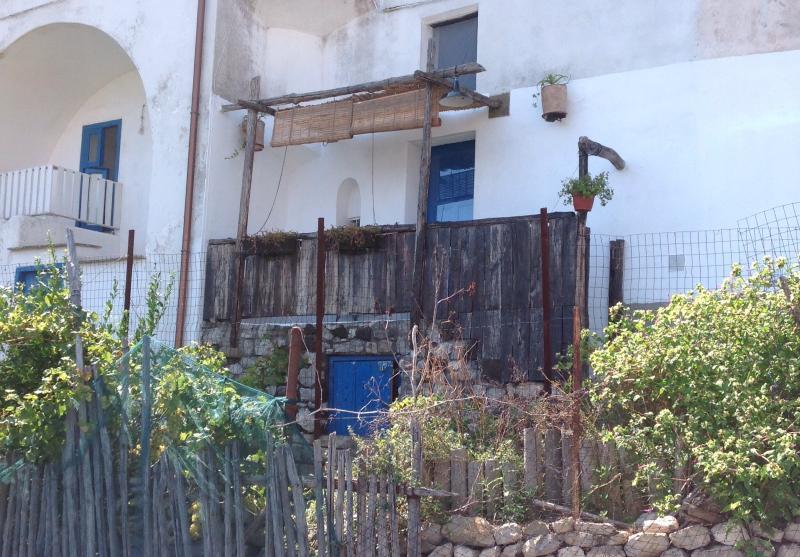 Vista della casa dall'esterno