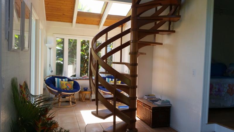 Beautiful Honduras mahoghany spiral staircase