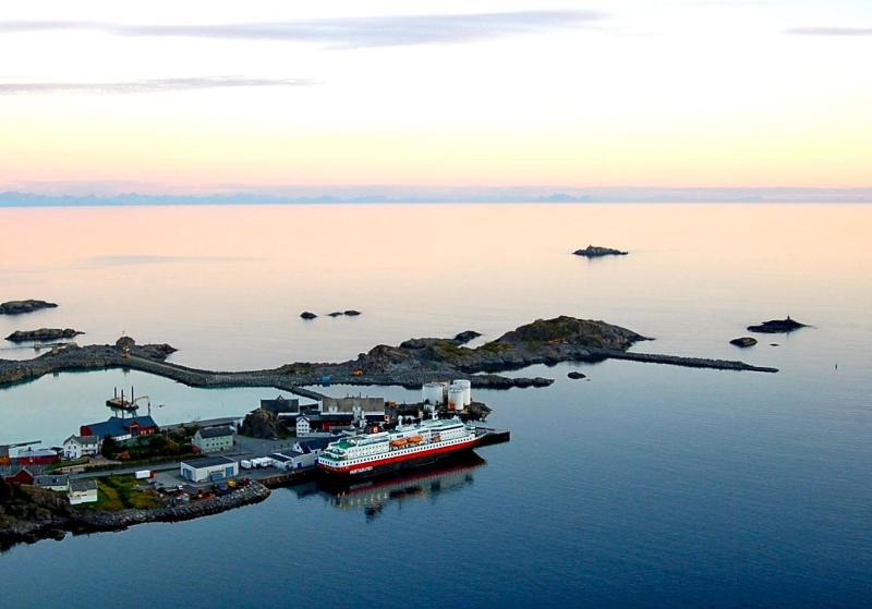 The coastal steamer (Hurtigruten) is two minutes walk away. Bodø is four amazing hours away.