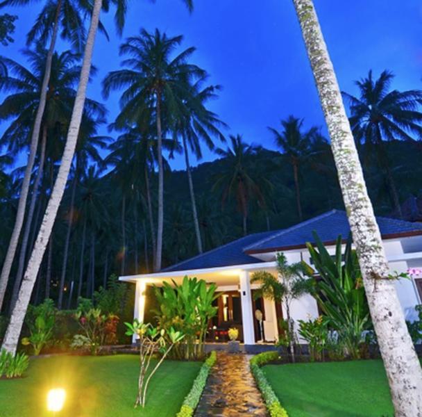 Lombok Wine Villa