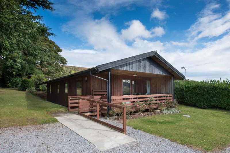 Woodcombe Lodges and Cottages-Laburnum Lodge, vacation rental in Minehead