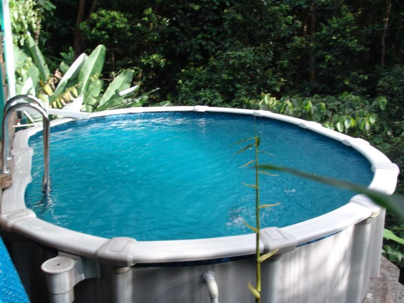 Schwimmbad mit solar-Wasser-Heizung