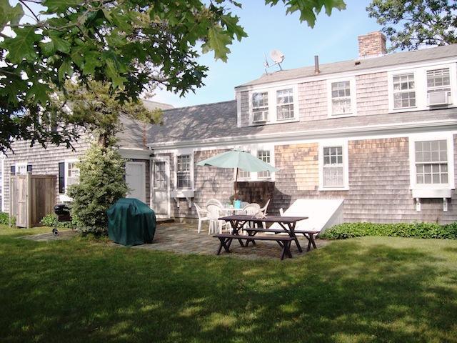 Atrás de casa - 54 Hiawatha Road Harwich Port Cape Cod Nova Inglaterra Casas para férias