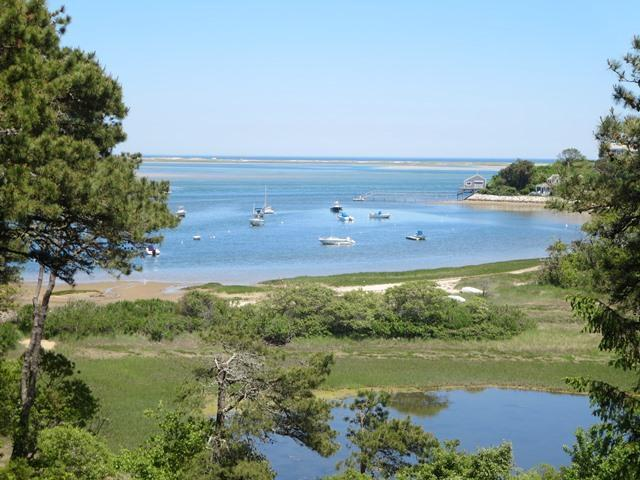 Waterfront in North Chatham ~ Cape Cod, holiday rental in North Chatham