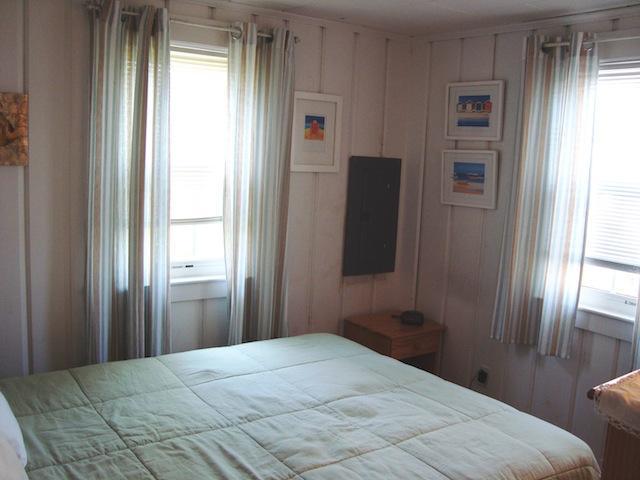 Sovrum # 2 Queen - 567 Main Street Unit 2 Harwich Port Cape Cod New England Semesterbostäder
