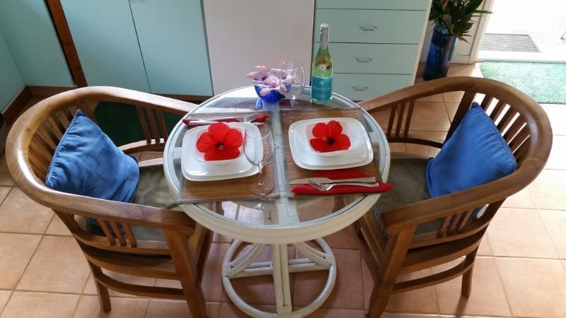 Njut av en romantisk middag för två