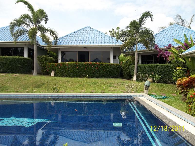 piccola residence con piscina