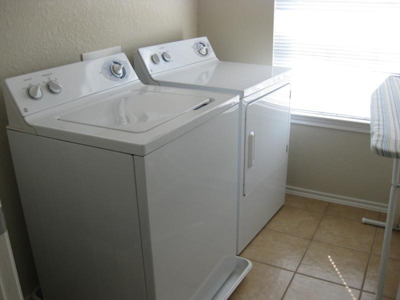 Large Capacity Washer & Dryer